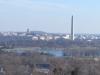 Blick auf Washington DC von der JFK-Grabstaette (Links das Lincoln Memorial, in der Mitte das Washington Monument und Rechts das Kapitol)