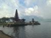 Ein hinduistischer Tempel am See