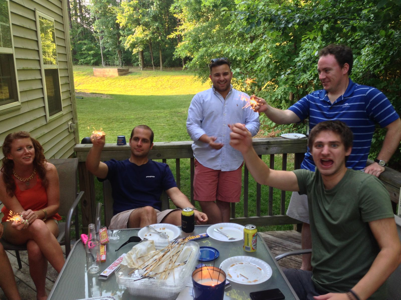 Von links: Lauren, Reed, Joe, Jimmy (in blau), Jeff (in gruen)