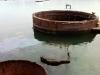"""Überreste des Kriegsschiffs \""""USS Arizona\"""", welches am 7.12.1941 beim Angriff der Japaner versenkt wurde"""