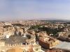 Wundervoller Blick von der Kuppelspitze über die Vatikanstadt und Rom