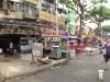 """Ein Straße mit den berühmten """"Hawker Stalls"""", wo man lecker essen kann..."""