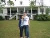 Mandy und ich vor der St. Joseph Plantage