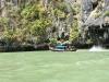 Unterwegs auch viele lokale Fischerboote