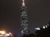 Taipei 101 bei Nacht: Jeden Wochentag eine andere Farbe